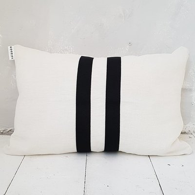 CUSHION Linen ll stripes, off white - GOODIES -