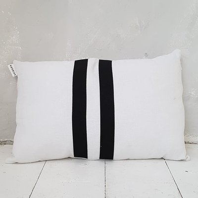 CUSHION Linen ll stripes, white - GOODIES -