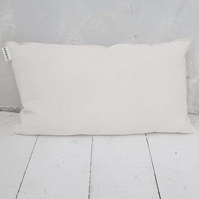 CUSHION XX , off white - GOODIES -