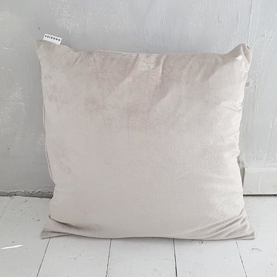 CUSHION velvet, nude - GOODIES -