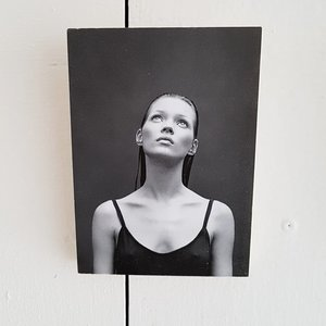 Pics on Blocks A6, KATE, look up - GOODIES -